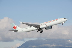 C-GHKW Air Canada A330-300 (Vernon Harvey) Tags: cghkw airbus a330 air canada vancouver yvr