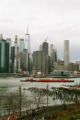 (KCTACJ) Tags: brooklyn heights nyc new york nikon fe2 nikkor 50mm f14 prime lens film analog fujifilm superia xtra 400 color