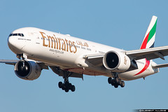 Emirates Boeing 777-36N(ER) cn 37704 / 748 A6-ECL (Clément Alloing - CAphotography) Tags: rouge emirates boeing 77736ner cn 37704 748 a6ecl barcelona airport barcelone lebl bcn canon 100400 spotting aeropuerto airplane aircraft 25r 07l balcon t1 flight airways aeroplane engine sky ground take off landing 5d mark iv