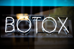 Botox in Los Angeles (Thomas Hawk) Tags: america california dtla downtownlosangeles losangeles southerncalifornia usa unitedstates unitedstatesofamerica botox neon neonsign socal fav10