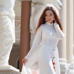 True Elegance | Truong Trinh | Vietnam (Paul Tocatlian | Happy Planet) Tags: vietnam vietnamese vietnamesegirl vietnamesemodel girl model photoshoot hochiminhcity saigon happyplanet asiafavorites