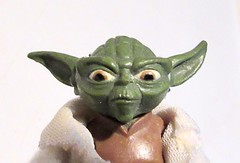 2020 Animated Yoda Portrait Star Wars 4495 (Brechtbug) Tags: 2020 animated yoda portrait star wars action figure toy toys space opera film movie science fiction scifi droid android protocol robot metal man goblin the force wizard adventure galactic character prototype design ralph mcquarrie