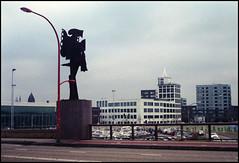 Kodak Signet 40 Testfilm_14 (Hans Kerensky) Tags: kodak signet 40 ektanar rangefinder test film fujifilm superia 200 scanner plustek opticfilm 120 venlo nl bridge nedinsco tower