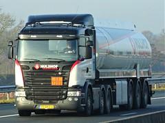 Scania R-series fueltanker from Hulshof Holland. (capelleaandenijssel) Tags: 93bkd6 truck trailer lorry camion lkw netherlands nl tanker citerne gasoline petrol