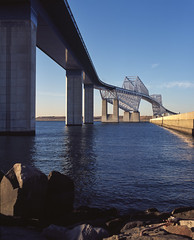 京门大桥桥墩 (WangJ designer) Tags: 日本 japan japantravel mamiya mamiyarz67 mamiyarz67proiid 120film 120 film fujifilm provia100f 东京湾 京门大桥