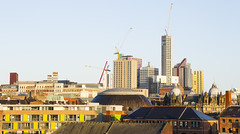 _D3S4431 (BobPetUK) Tags: leeds sun sunny morning sunshine city cityscape construction crane cranes