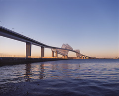 京门大桥 (WangJ designer) Tags: 日本 japan japantravel mamiya mamiyarz67 mamiyarz67proiid 120film 120 film fujifilm provia100f 东京湾 京门大桥
