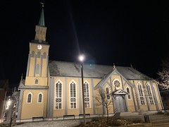 Tromsø Cathedral (StayFocused2) Tags: cathedral church night citystreets nightstreets tromsø