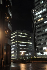 The phone-call (DameBoudicca) Tags: tokyo tokio 東京 japan nippon nihon 日本 japón japon giappone natt night nacht nuit notte noche 夜 hamamatsuchō hamamatsucho 浜松町 shiba 芝 shibadaimon 芝大門 worldtradecenter 世界貿易センタービル