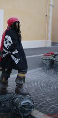 le pirate de martigues-1 (degun67) Tags: martigues bouches rhone provence ruelle sud canal eau eglise pont bateau ciel bleu nuage pirate