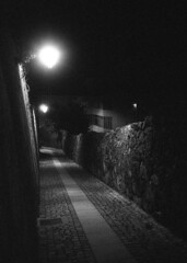Long nights (lebre.jaime) Tags: portugal beira covilhã nocturnal nightphotography street analog film135 bw blackwhite noiretblanc nb pb pretobranco ptbw ilford delta3200 iso3200 leicam3 summaron2835goggles epson v600 affinity affinityphoto