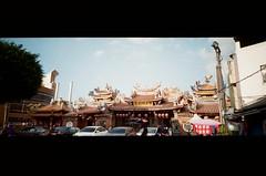 旱溪媽祖廟 (Long Tai) Tags: minolta ps panorama 24mm f45 kodak colorplus 200