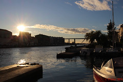 noel à martigues-1 (degun67) Tags: martigues bouches rhone provence ruelle sud canal eau eglise pont bateau ciel bleu nuage