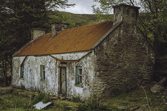Abandoned irish cottage (dave.ryan.photo) Tags: abandoned cottage derelict ireland irish irishcottage kerry redroof reeksdistrict wildatlanticway