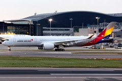 Asiana Airlines   Airbus A350-900   HL8361   London Heathrow (Dennis HKG) Tags: aircraft airplane airport plane planespotting staralliance canon 7d 70200 hl8361 london heathrow egll lhr asiana asianaairlines aar oz airbus a350 a350900 airbusa350 airbusa350900 a359