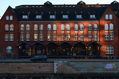 DSCF2453 (GholaGhola) Tags: hamburg streetphotography buildings harbour fleet
