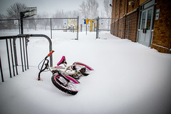 Left Behind (Phil Roeder) Tags: desmoines iowa snow winter weather canon6d canonef24105mmf4lisusm