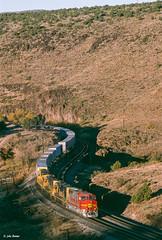 ATSF 161 East at Crozier Canyon, AZ (thechief500) Tags: atsf bnsf croziercanyon railroads seligmansubdivision az usa santaferailway arizona