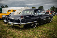 1956 CADILLAC SIXTY SPECIAL - rear view (Peters HDR hobby pictures) Tags: petershdrstudio hdr cadillac uscar classiccar black chrome limousine car auto klassiker oldtimer usklassiker schwarz weisswandräder
