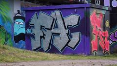 Oldenburg - ( Utkiek / street: Eidechsenstraße ) 992nd picture / Graffiti, street art (tusuwe.groeber) Tags: projekt project lovelycity graffiti germany deutschland lowersaxony oldenburg city streetart niedersachsen farbig farben favorit colourful colour sony sonyphotographing nex7 bunt red rot art gebäude building gelb grün green yellow eidechsenstrase konzept concept wall wand utkiek halloffame landfill mülldeponie wandgestaltung