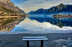 Punto di vista (giannipiras555) Tags: montagna colline lago inverno natura panorama paesaggio landscape riflessi idro spiaggia alberi nikon foschia nebbia