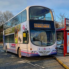 Photo of First leeds 37704