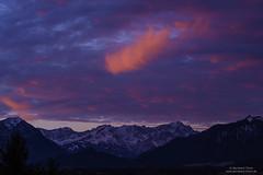 Dawn at Zugspitzmassiv (Bernhard_Thum) Tags: zugspitze alpspitze hochblassen hochwanner wank bavarianprealps dawn earlymorning nikonz7 nikkorz1885s alps nature ettalermanndl daarklands