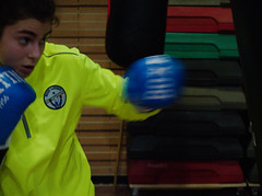 7992 - Hook (Diego Rosato) Tags: hook gancio pugno punch boxer pugile giuditta sacco bag allenamento training boxe boxing pugilato boxelatina fuji x30 rawtherapee