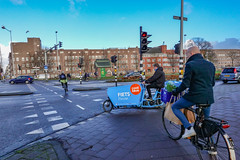 DSC06003.jpg (amsfrank) Tags: eastside east candid amsterdam oost coolblue cool blue fiets delivery bezorger