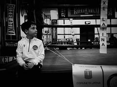 7846 - Little boxer (Diego Rosato) Tags: little boxer piccolo pugile ring boxe boxing pugilato boxelatina bianconero blackwhite fuji x30 rawtherapee