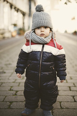 (agolwkyy17) Tags: sony fe 50mm 18 a7 child kids bokeh dof
