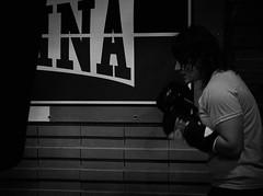 8014 - Boxing bag (Diego Rosato) Tags: boxe boxing pugilato boxelatina fuji x30 rawtherapee training allenamento boxer pugile sacco bag alessandra