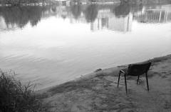 Fisherman's spot (Paolo Levi) Tags: minotar minox 35mm 35gl expiredfilm film ilford italy italia adige analogue reflection river fiume fomadonp