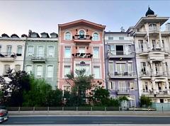 houses (ferdavidinel) Tags: house architectural