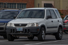 1999 Honda CR-V (mlokren) Tags: 2020 car spotting photo photography photos pic picture pics pictures pacific northwest pnw pacnw oregon usa vehicle vehicles vehicular automobile automobiles automotive transportation outdoor outdoors 1999 honda crv suv cuv crossover white