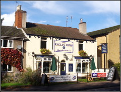 The Raglan Arms (Lotsapix) Tags: warwickshire rugby town pub inn alehouse ale tavern building architecture