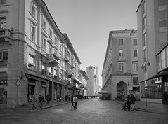Via Caio Plinio II, Como (mswan777) Tags: street urban outdoor city people architecture building travel sky walk como italy cityscape apple iphone iphoneography mobile monochrome black white ansel