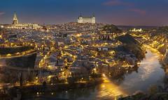 Toledo (misterkoma) Tags: canon 6d longexposure night noche cielo toledo spain españa alcazar rio tajo catedral luz color photo pic nocturna valle mirador