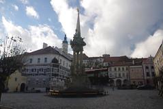 2016-11-10_14-59-04_Pentax_JH (Juhele_CZ) Tags: mikulov moravia czechrepublic houses architecture historical hill nature monument statue water square town