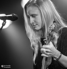 Billie Marten @ Showbox SoDo (Kirk Stauffer) Tags: kirk stauffer photographer nikon d5 adorable amazing attractive awesome beautiful beauty bella charming cute darling fabulous feminine glamour glamorous goddess gorgeous lovable lovely perfect petite precious pretty siren stunning sweet wonderful young female girl lady woman women live music concert show gig tour lights singer vocals performer musician band indie long strawberry blonde hair redhead white teeth red lips green eyes model tall short fashion style portrait teen teenage smiling playing electric guitar english black