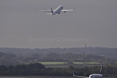 MAN (sunrisejetphotogallery) Tags: manchester airport man england united kingdom airliner singapore sia airbusa350 ryanair boeing737800
