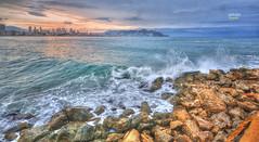 (013/20) Gotas de agua (Pablo Arias) Tags: pabloarias photoshop nx2 cielo nubes arquitectura paisaje mar olas rocas mediterráneo amanecer agua benidorm alicante