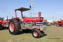 1969 Massey-Ferguson 1130 Row-Crop Tractor (Gerald (Wayne) Prout) Tags: tractor 1969 1130 rowcrop 33rdannualantiqueengineandtractorswapmeet masseyferguson1130rowcroptractor 1969masseyferguson1130rowcroptractor camera usa digital canon eos florida dslr prout polkcounty fortmeade 60d canoneos60d canonlensefs18135mmf3556is geraldwayneprout floridaflywheelersantiqueengineclub lens photography fort antique farm farming engine machine equipment machinery vehicle annual photographed 33rd meade swapmeet efs18135mmf3556is county polk stateofflorida masseyferguson