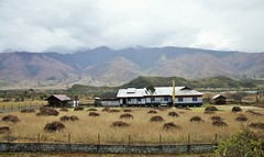 The farmhouse (mala singh) Tags: house valley mountains agriculture india