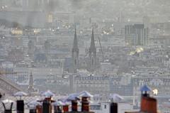 134 Paris Janvier 2020 - les toits de Paris depuis la Butte Montmartre, Basilique Sainte-Clothilde, église Saint-François-Xavier (paspog) Tags: paris france montmartre butte buttemontmartre janvier januar january 2020 toits roofs dächen toitsdeparis roofsofparis basiliquesainteclothilde églisesaintfrançoisxavier