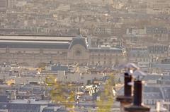 131 Paris Janvier 2020 - les toits de Paris depuis la Butte Montmartre, la Gare d'Orsay (paspog) Tags: paris france montmartre butte buttemontmartre toits roofs dächer janvier januar january 2020 garedorsay muséedorsay