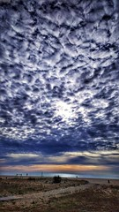 Baix Llobregat. Playa de Castelldefels. Castelldefels beach. (Lucio José Martínez González) Tags: ngc asbeautifulasyouwant luciojosémartínezgonzález luciojmartinez españa spain barcelona baixllobregat casteldefels playa beach sea mar mediterraneo landscape seascape paisaje nubes clouds mediterranean hdr castelldefels
