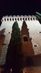 Castillo de Alarcón Noche (alvaro31416) Tags: alarcon castillo torre noche cipres cuenca parador