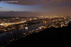 Abendliches Bonn... (apfelpudding) Tags: bonn nachtfoto langzeitbelichtung blauestunde rheinland nrw drachenfels panorama nordrheinwestfalen