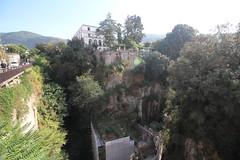 IMG_7616 (Simon M Hendry) Tags: italy sorrento amalficoast riviera italianriviera cliff valley gorge trees buildings
